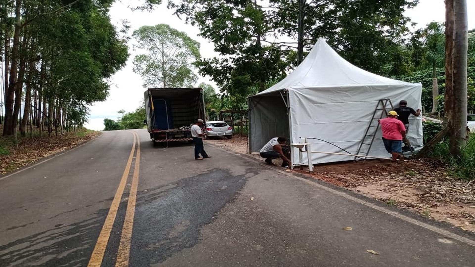 COVID-19: PREFEITURA MUNICIPAL DE ARAPONGA JÁ INICIA IMPLANTAÇÃO DAS BARREIRAS SANITÁRIAS !!!